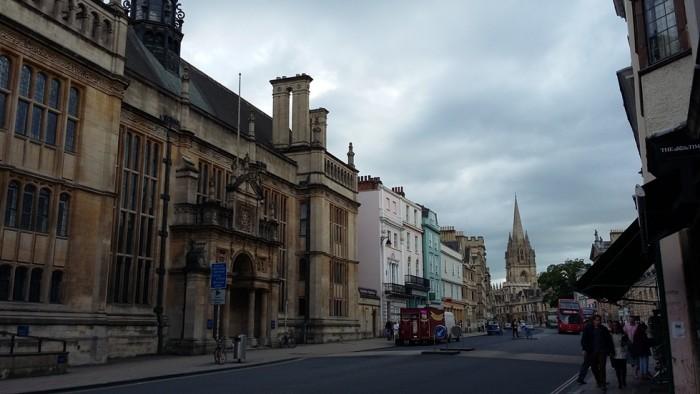tabere la Oxford