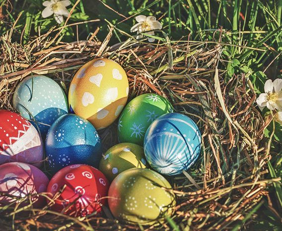 8-Easter-traditions-from-around-the-world_blog-hero-low[1]